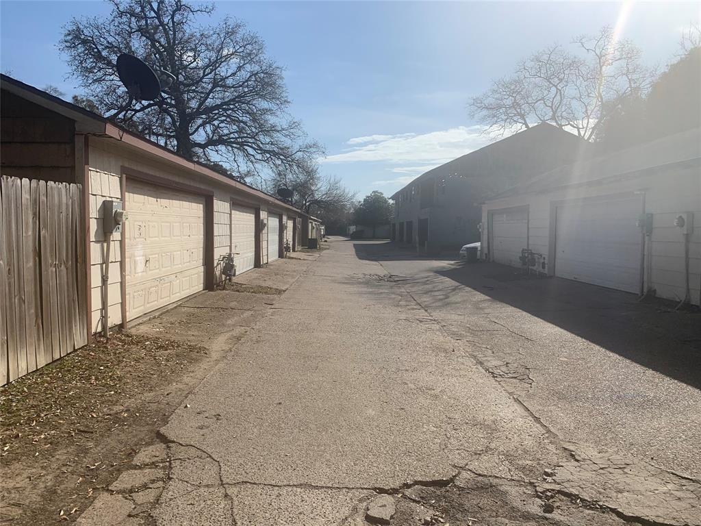 Off Market | 5759 Easthampton Drive #B Houston, Texas 77039 21