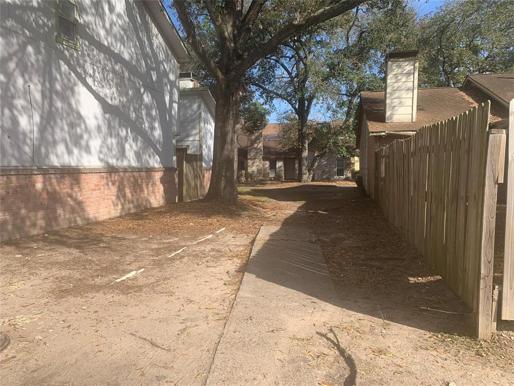 Off Market | 5759 Easthampton Drive #B Houston, Texas 77039 22
