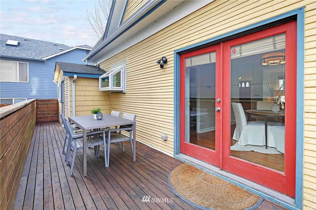 Sold Property   2751 NW 65th Street Seattle, WA 98117 16