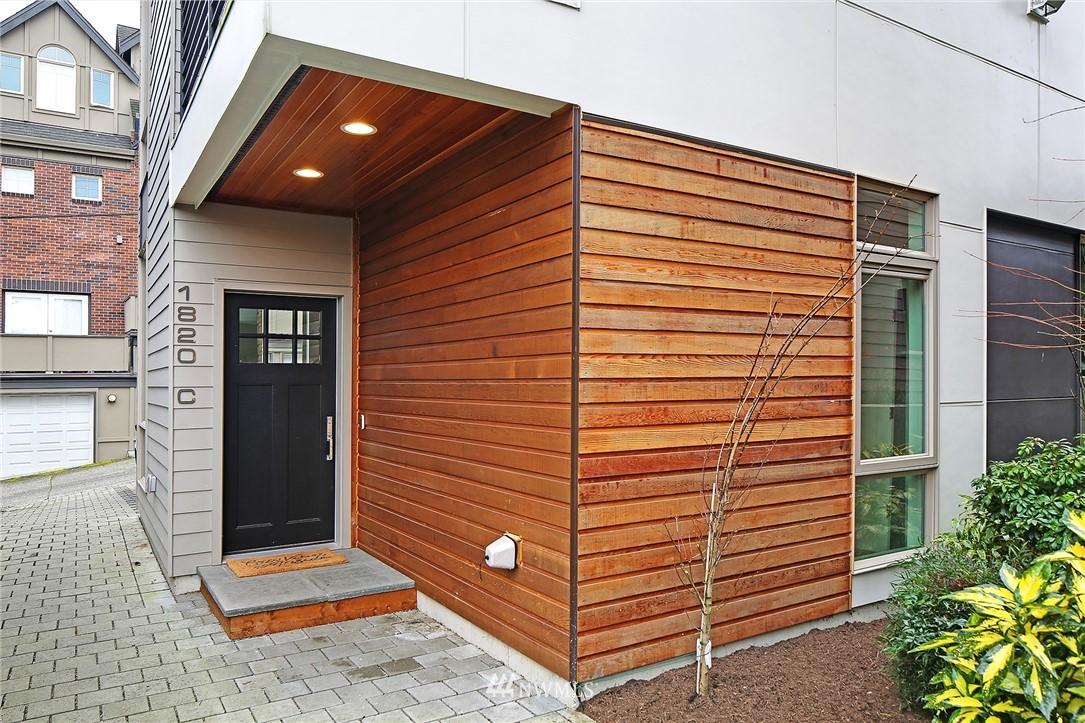 Sold Property | 1820 11th Avenue W #C Seattle, WA 98119 0