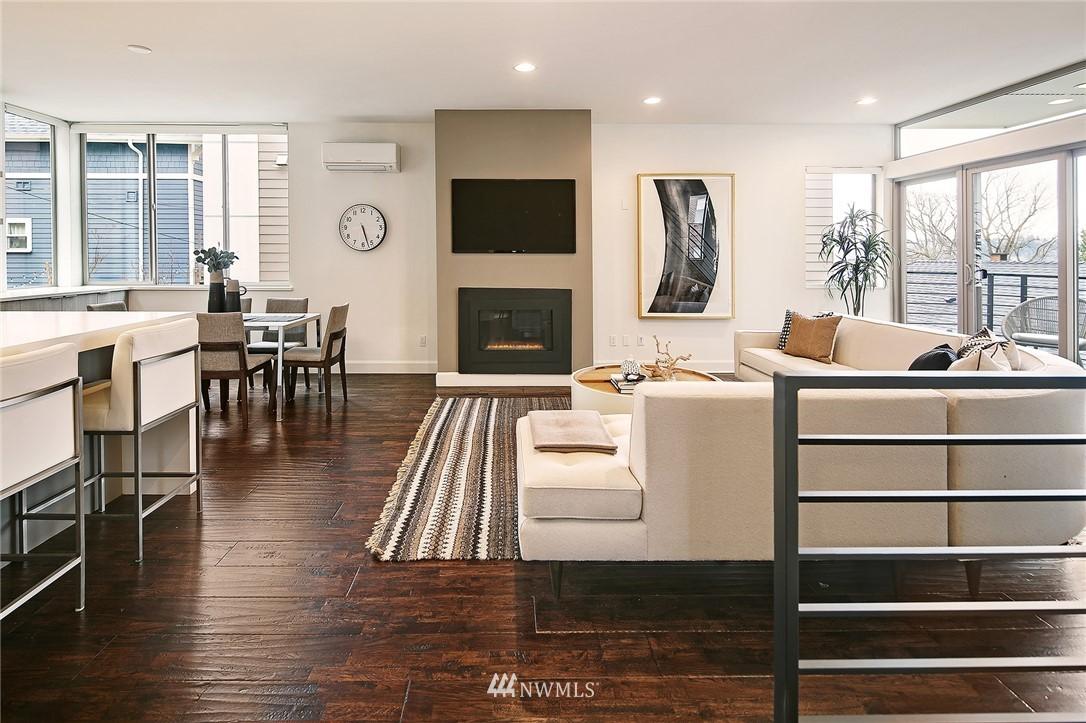 Sold Property | 1820 11th Avenue W #C Seattle, WA 98119 4