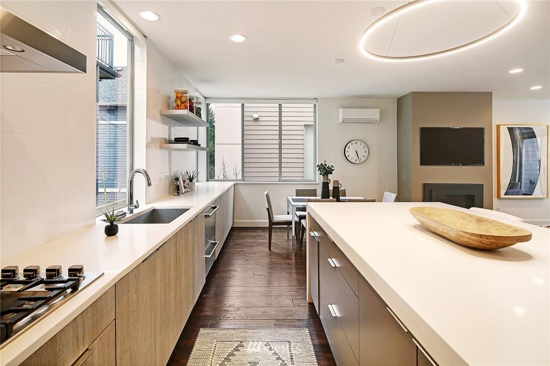Sold Property | 1820 11th Avenue W #C Seattle, WA 98119 7