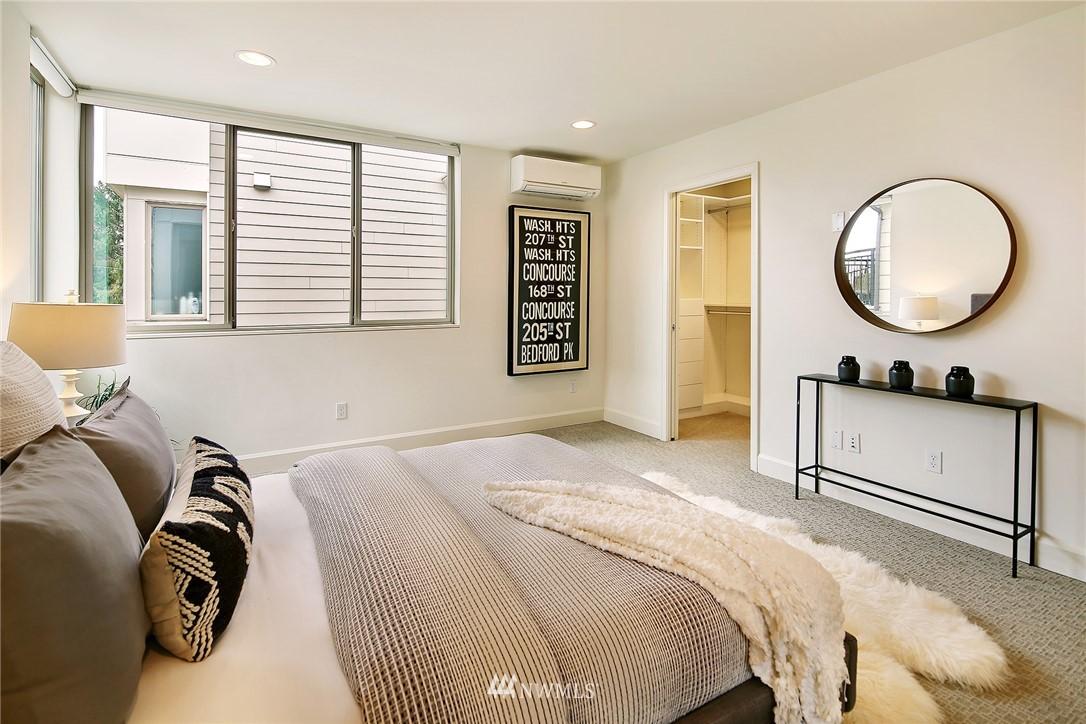 Sold Property | 1820 11th Avenue W #C Seattle, WA 98119 10