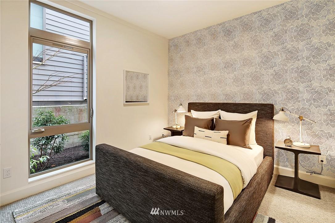 Sold Property | 1820 11th Avenue W #C Seattle, WA 98119 15