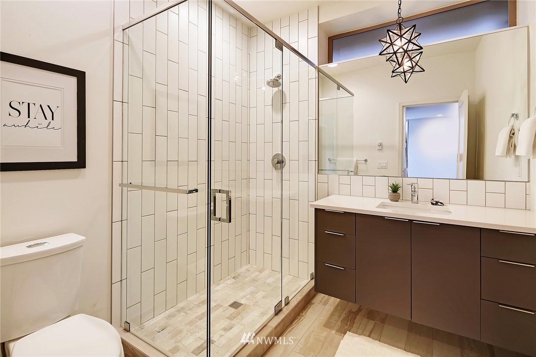 Sold Property | 1820 11th Avenue W #C Seattle, WA 98119 17
