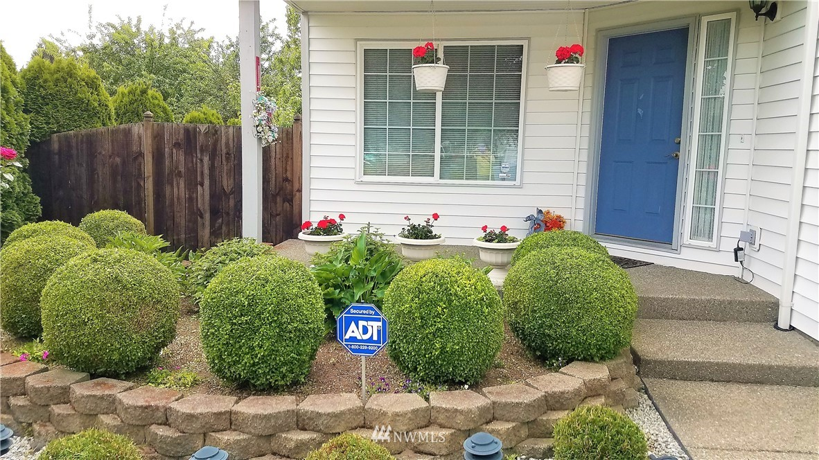 Sold Property | 12079 46th Avenue S Seattle, WA 98178 4