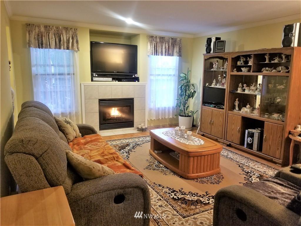Sold Property | 12079 46th Avenue S Seattle, WA 98178 14