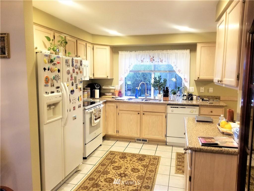 Sold Property | 12079 46th Avenue S Seattle, WA 98178 18
