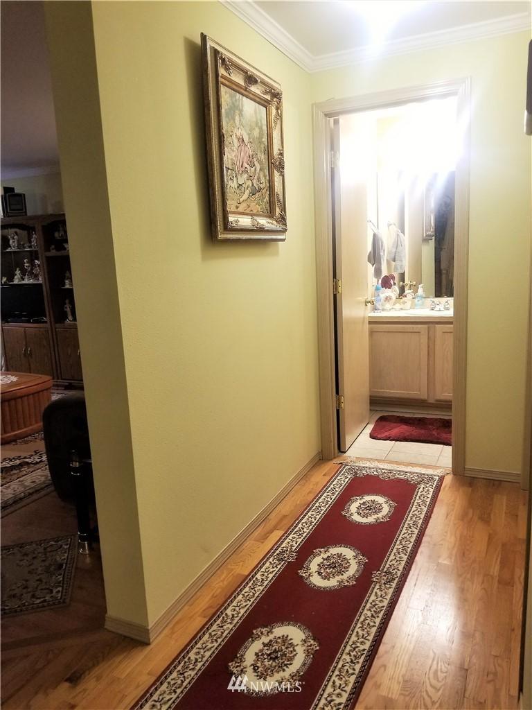 Sold Property | 12079 46th Avenue S Seattle, WA 98178 31