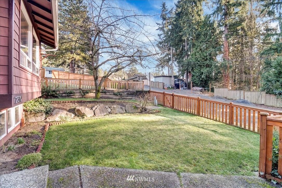 Sold Property | 12510 NE 140th Street Kirkland, WA 98034 2