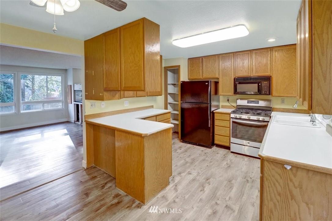 Sold Property | 12510 NE 140th Street Kirkland, WA 98034 7