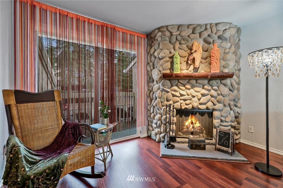 Sold Property   9474 Redmond -Woodinville Road NE #A304 Redmond, WA 98052 4
