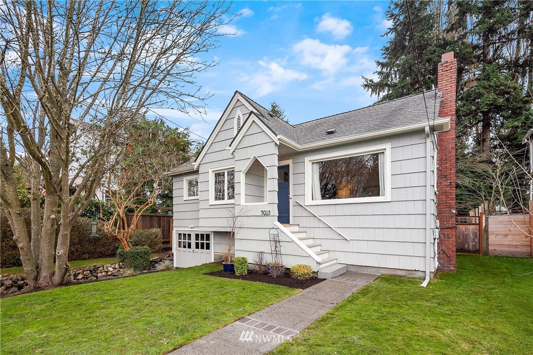 Sold Property | 9018 Phinney Avenue N Seattle, WA 98103 1