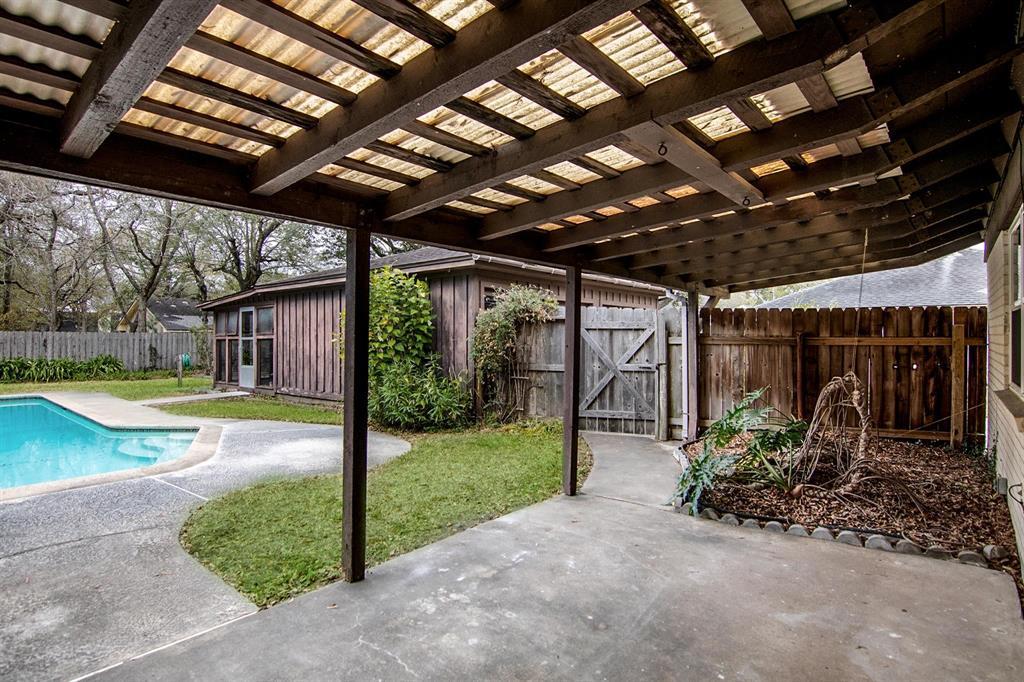 Off Market | 109 Royal Drive League City, Texas 77573 45