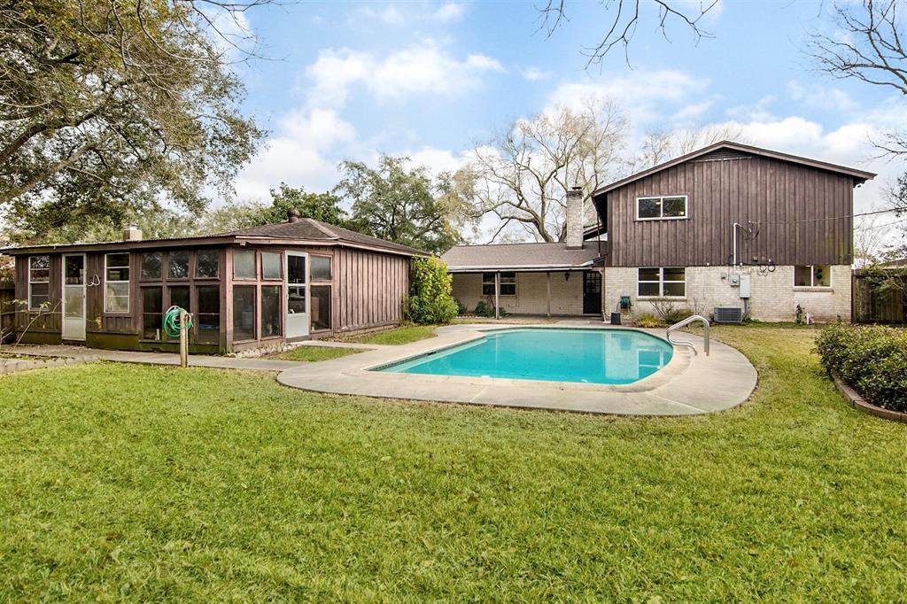Off Market | 109 Royal Drive League City, Texas 77573 5