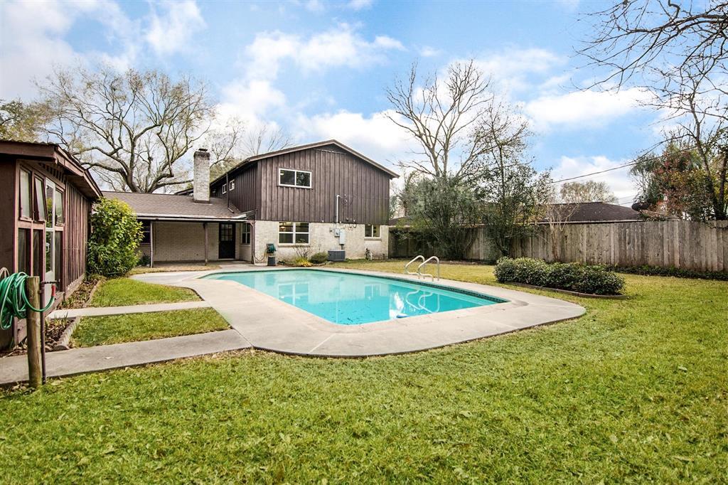Off Market | 109 Royal Drive League City, Texas 77573 7