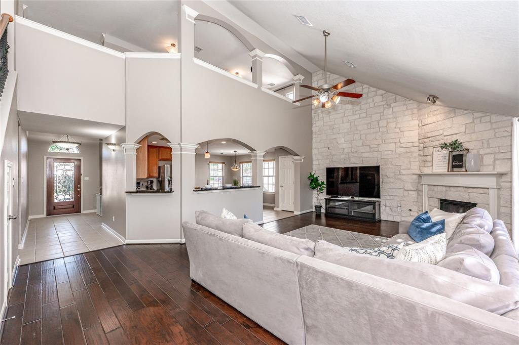 Off Market | 12910 Ocean Point Drive Pearland, Texas 77584 8