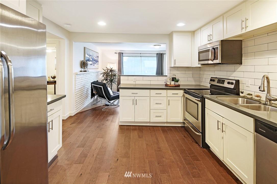 Sold Property   14316 20th Avenue NE Seattle, WA 98125 5