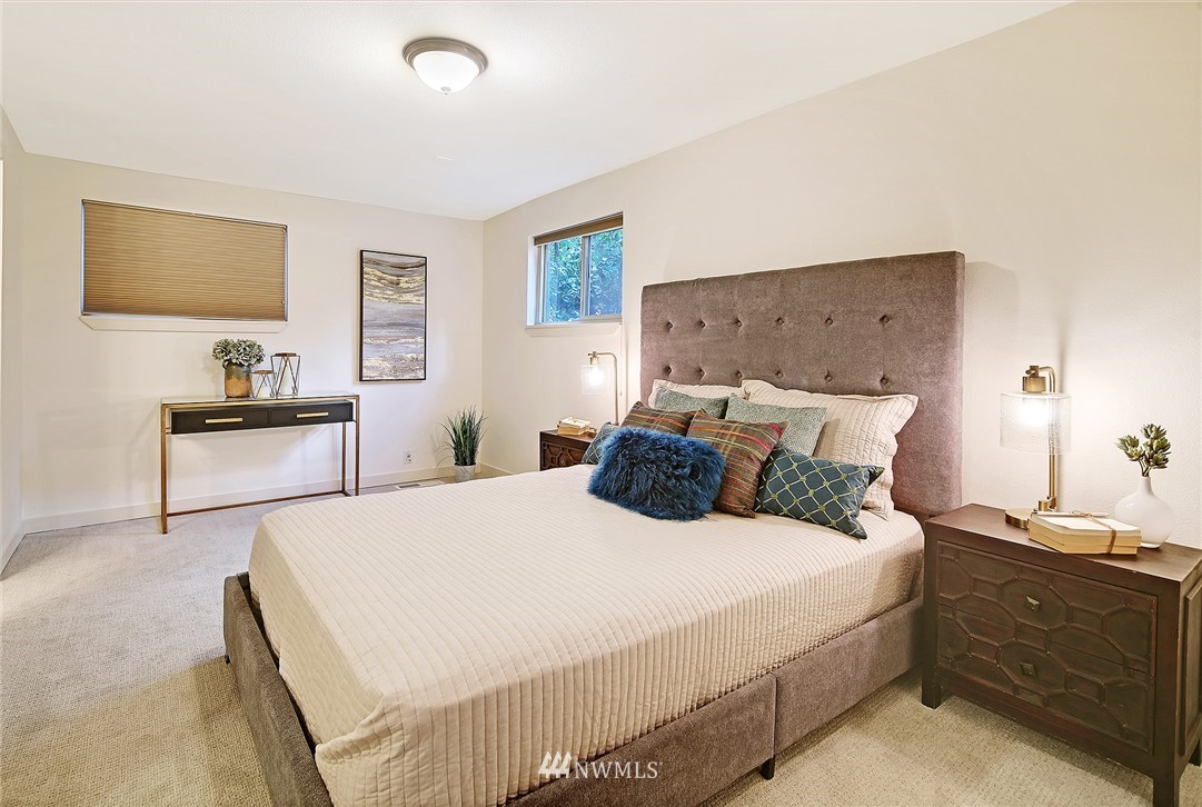 Sold Property   14316 20th Avenue NE Seattle, WA 98125 10