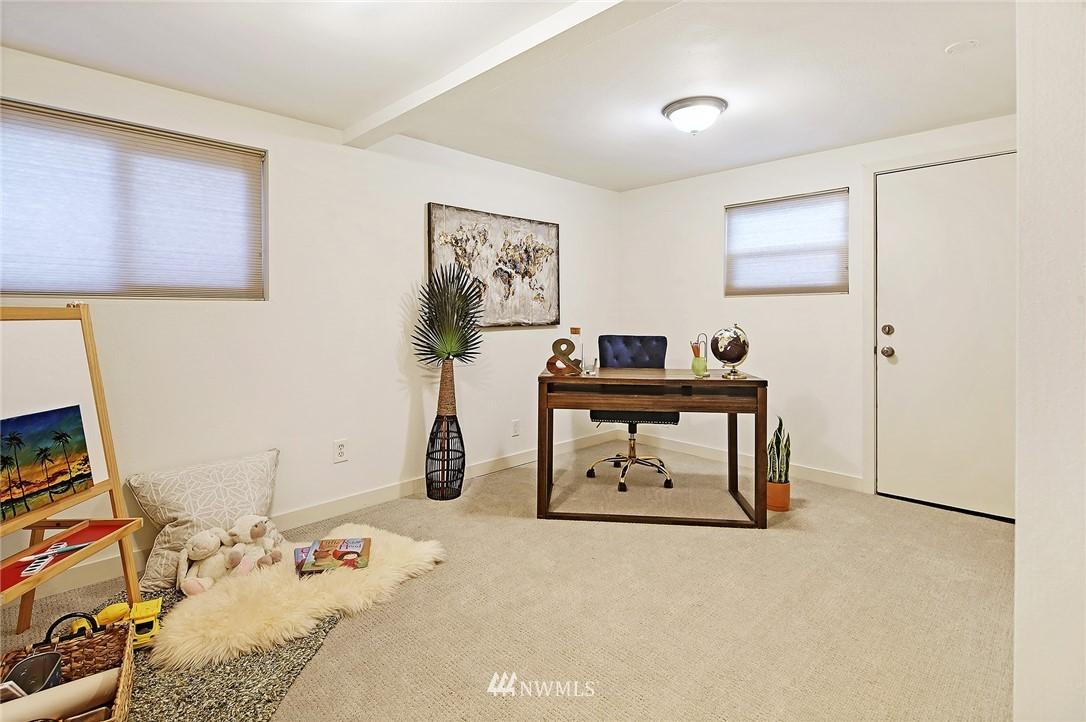 Sold Property   14316 20th Avenue NE Seattle, WA 98125 16