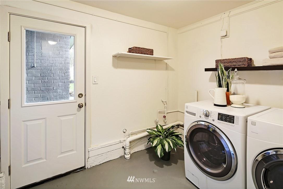 Sold Property   14316 20th Avenue NE Seattle, WA 98125 17