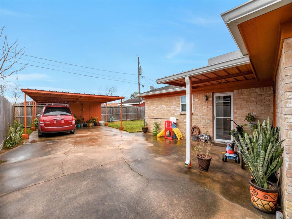 Off Market | 8835 Barton Street Houston, Texas 77075 27