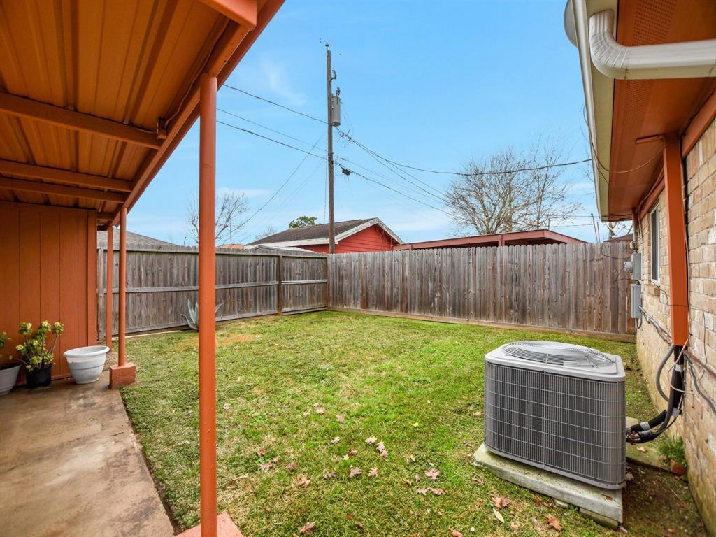 Off Market | 8835 Barton Street Houston, Texas 77075 29