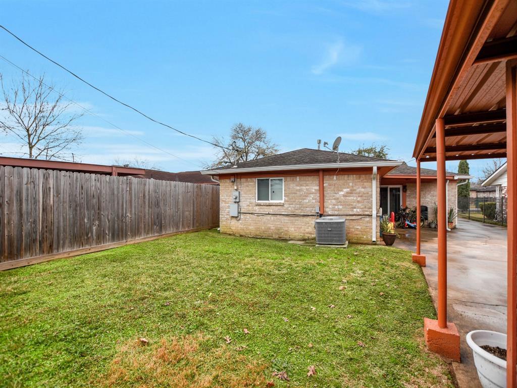 Off Market | 8835 Barton Street Houston, Texas 77075 30