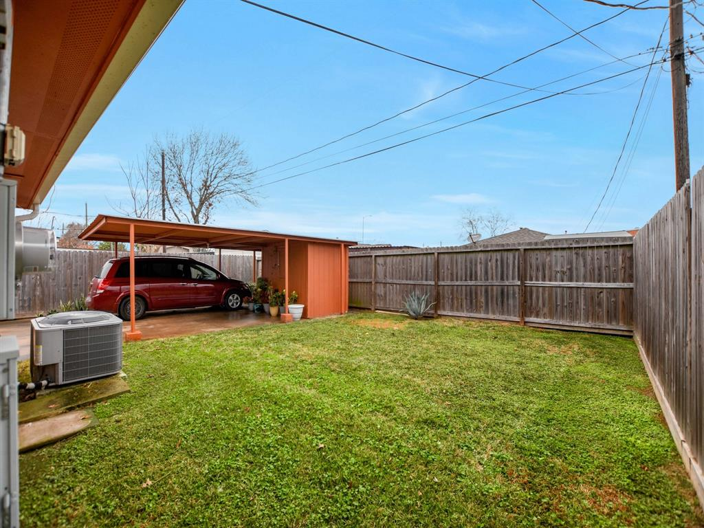 Off Market | 8835 Barton Street Houston, Texas 77075 32