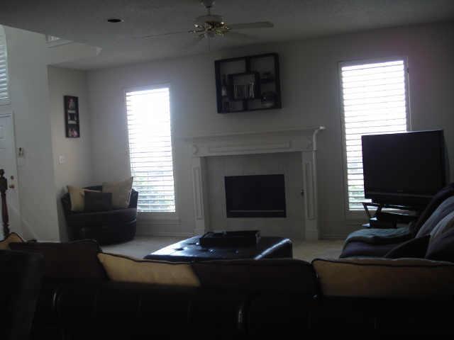 Leased | 2224 Dallas Drive Carrollton, Texas 75006 2