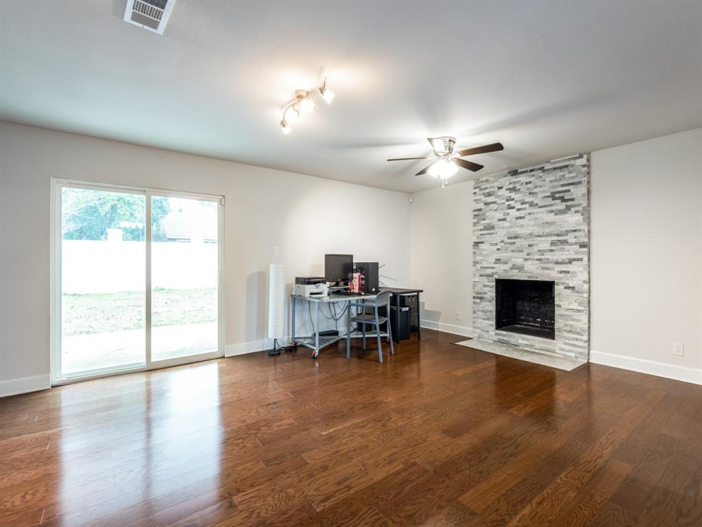 Active | 3905 Candlenut Lane Dallas, Texas 75244 16