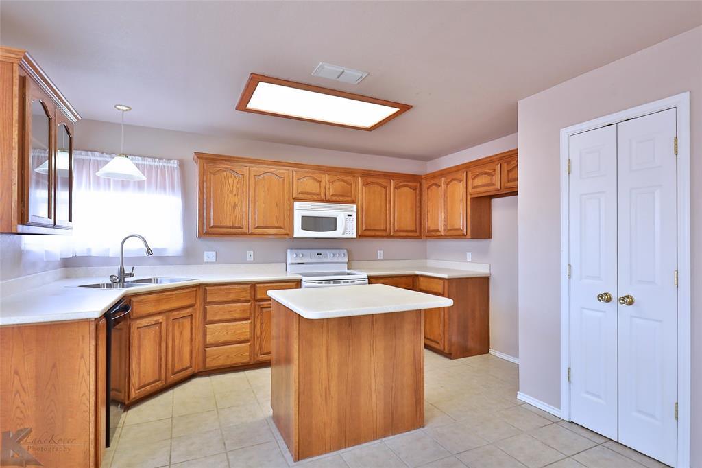 Sold Property | 2158 Independence Boulevard Abilene, Texas 79601 4