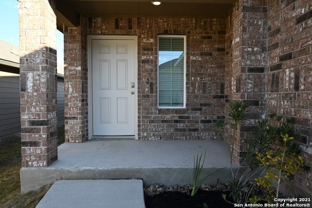 Off Market | 261 Middle Green Loop Floresville, TX 78114 4