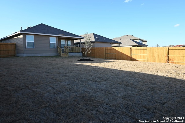 Off Market | 261 Middle Green Loop Floresville, TX 78114 5