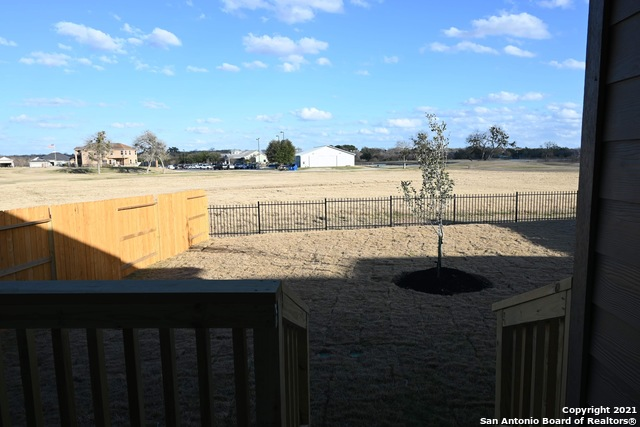 Off Market | 261 Middle Green Loop Floresville, TX 78114 6