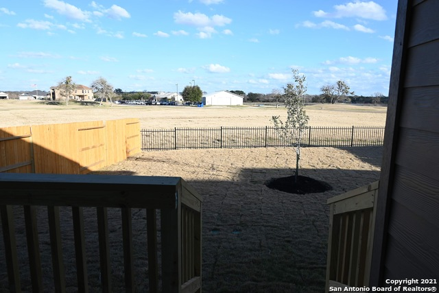 Off Market | 261 Middle Green Loop Floresville, TX 78114 7