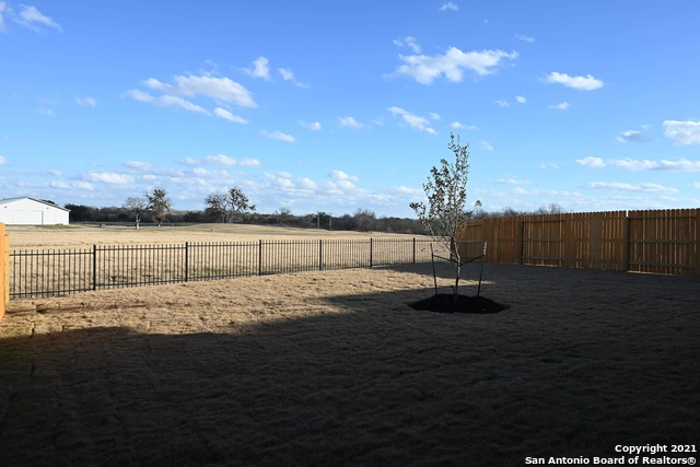 Off Market | 261 Middle Green Loop Floresville, TX 78114 8