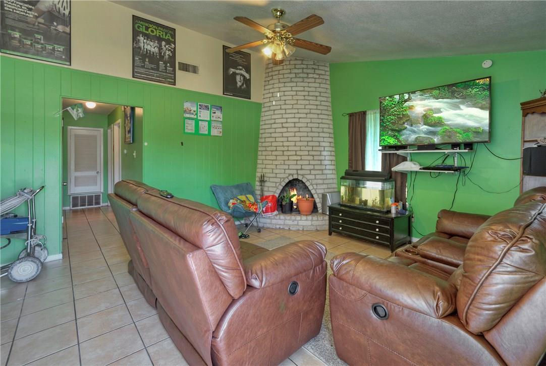 Active | 1309 Parsons Drive Austin, TX 78758 7