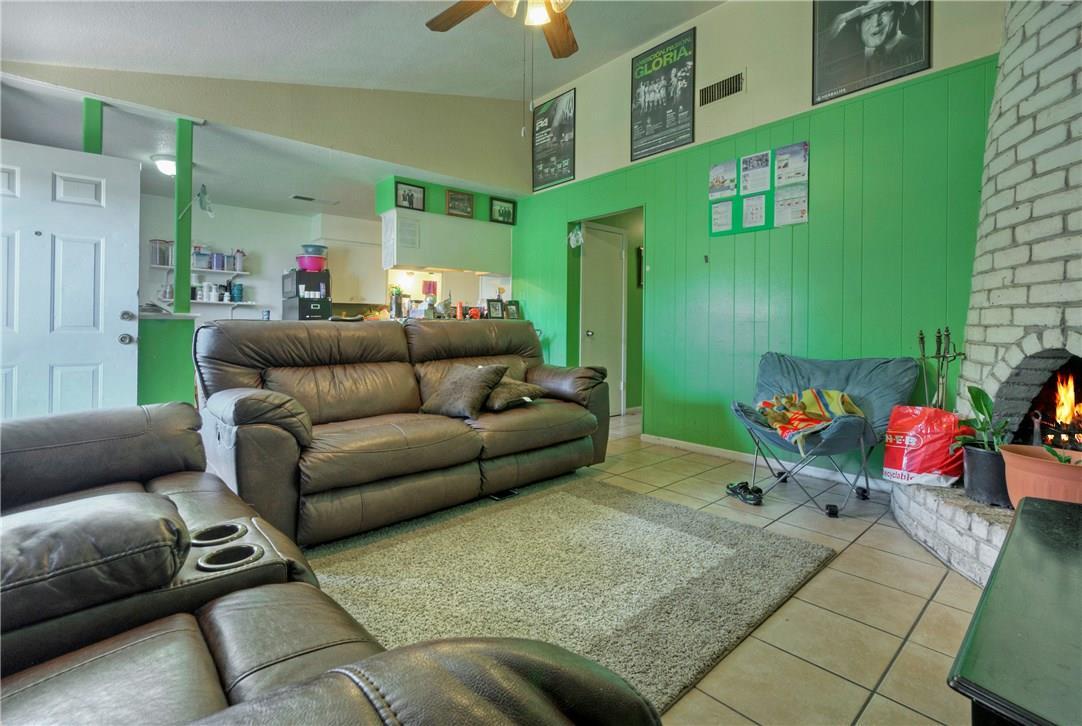 Active | 1309 Parsons Drive Austin, TX 78758 9