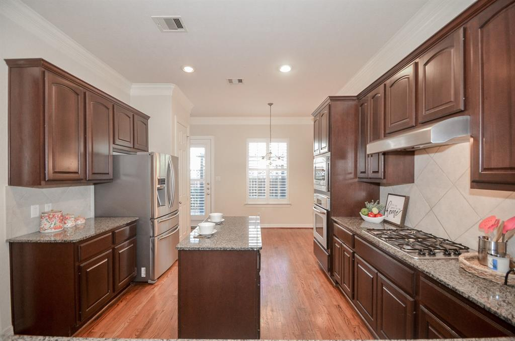 Off Market | 10018 Holly Chase Drive Houston, Texas 77042 8