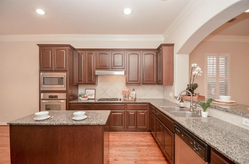 Off Market | 10018 Holly Chase Drive Houston, Texas 77042 9