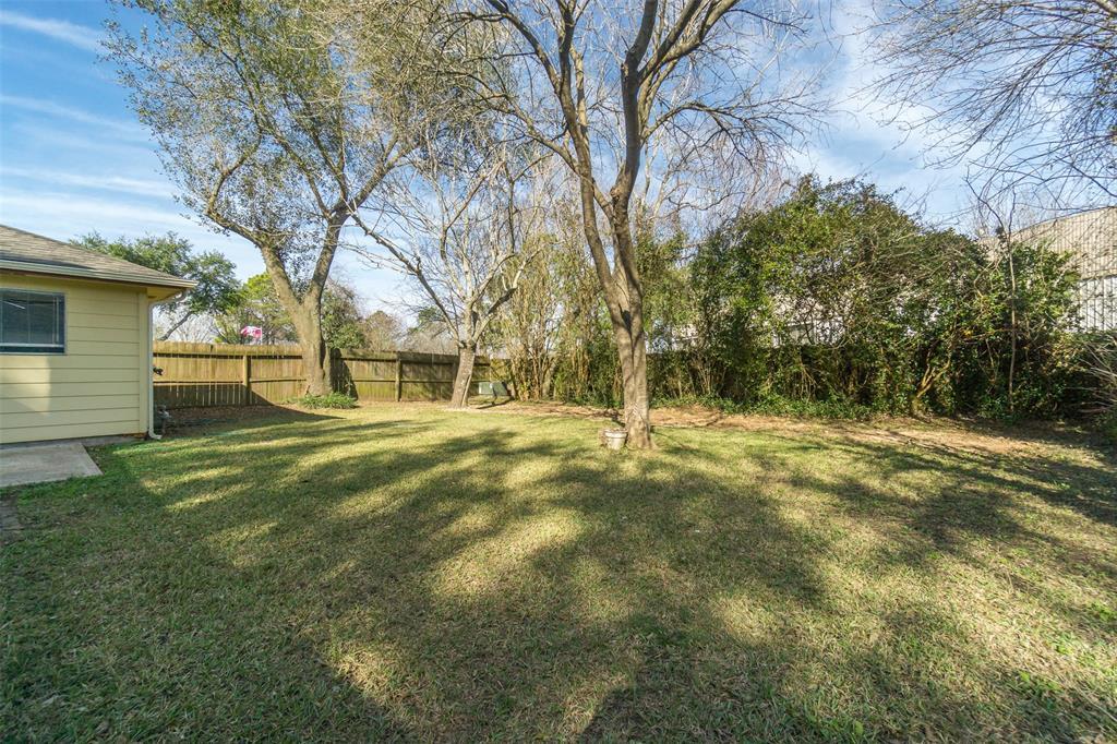 Off Market   415 Merriweather Street Houston, Texas 77598 17