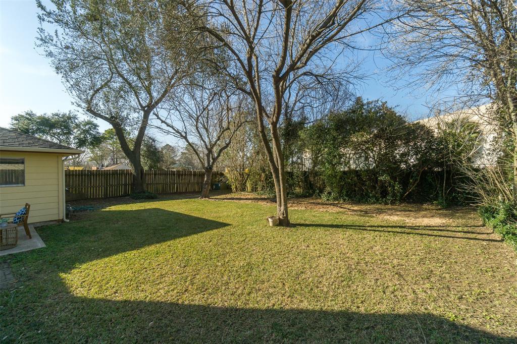 Off Market   415 Merriweather Street Houston, Texas 77598 19