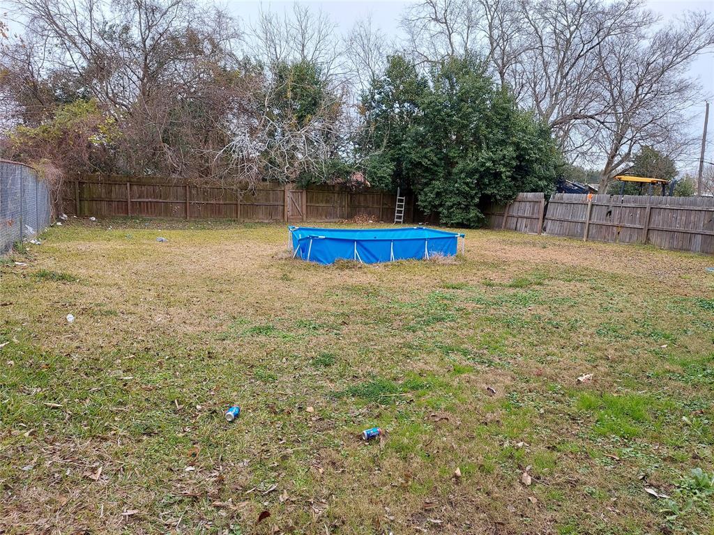 Off Market   4819 Mallow Street Houston, Texas 77033 0