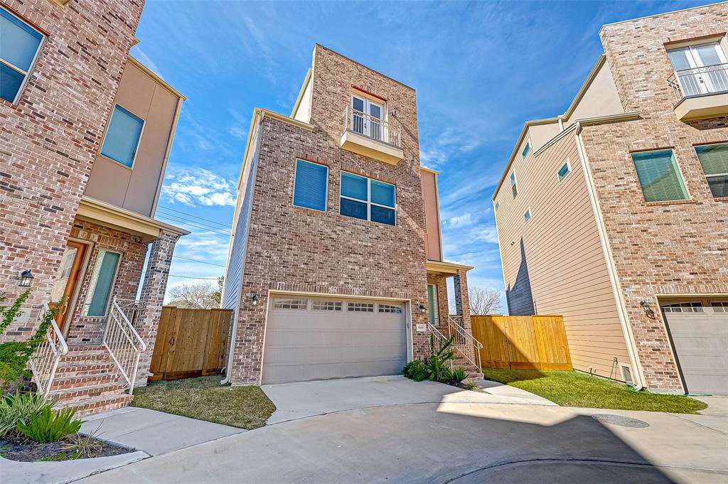 Off Market | 9408 Glenfield Court Houston, Texas 77096 2