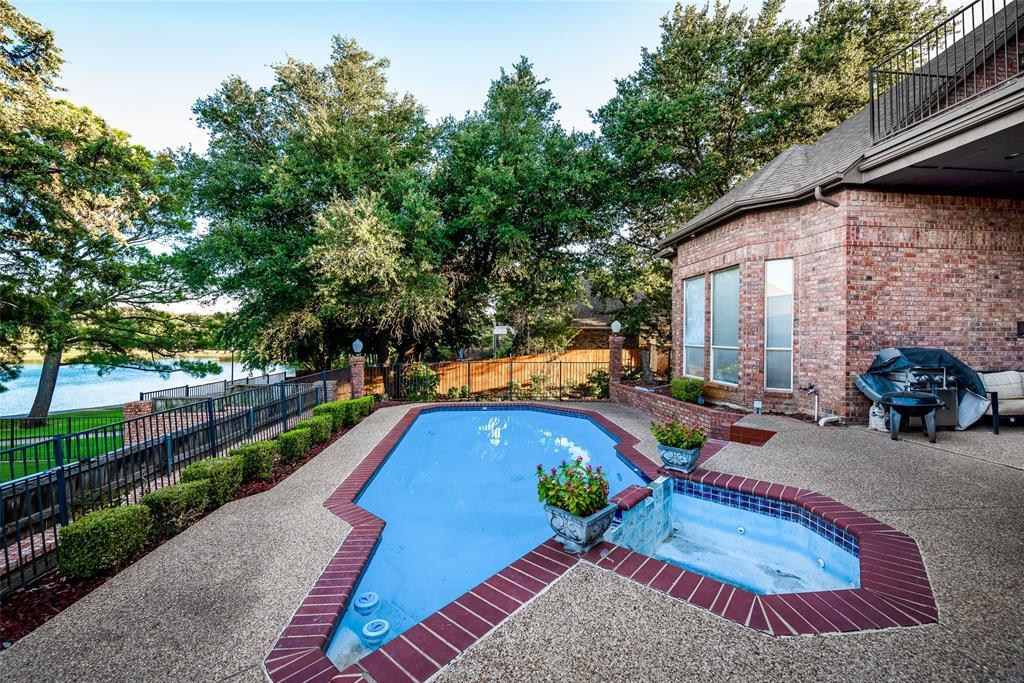 Active | 5205 Vicksburg Drive Arlington, Texas 76017 4