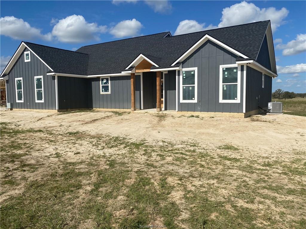 Pending | 13303 County Road 175 Iola, TX 77861 1