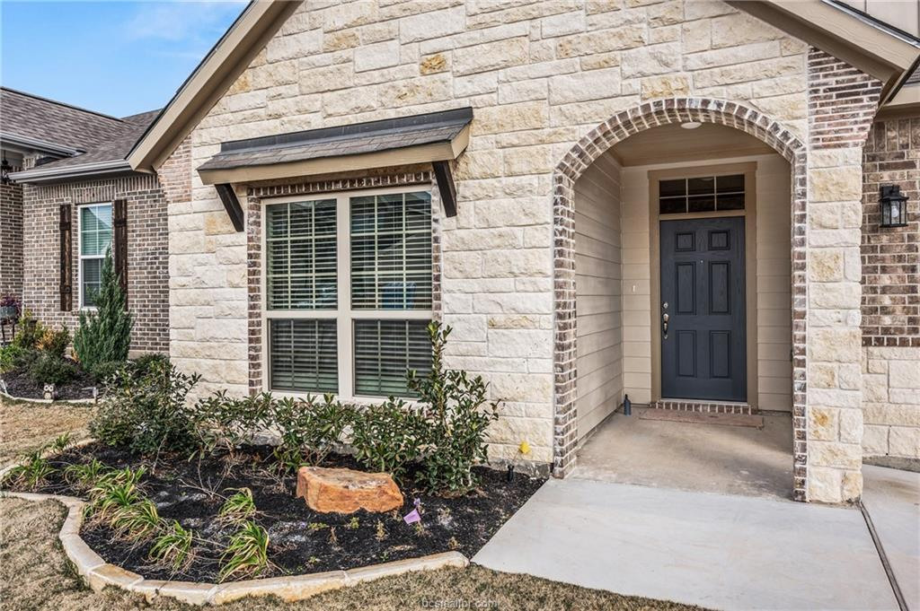 Closed | 6305 Southern Cross College Station, TX 77845 2