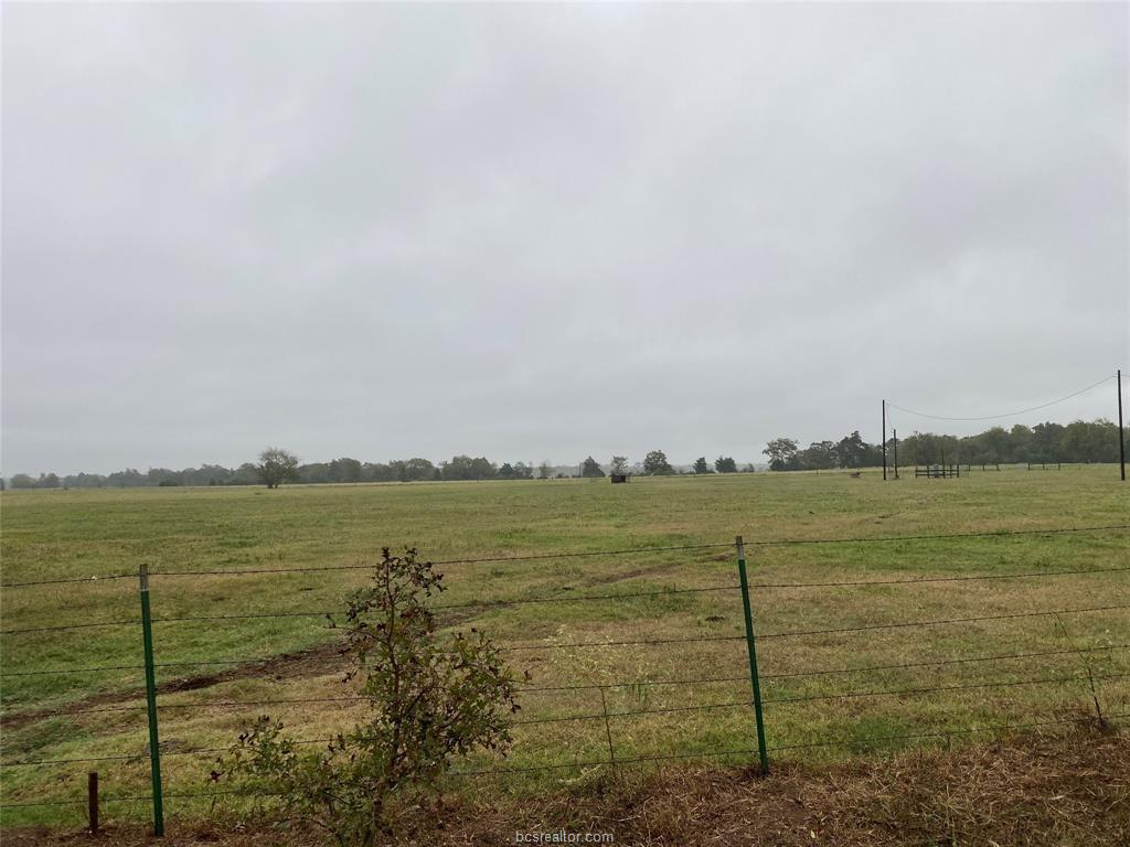Pending | 2351 Blagraves Road Normangee, TX 77864 2