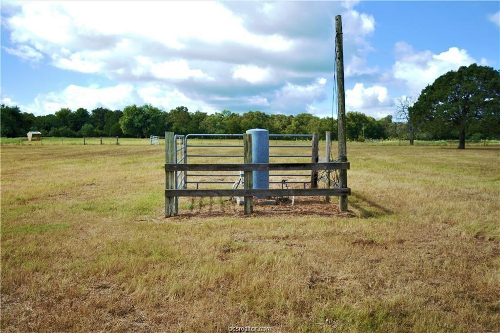 Pending | 2351 Blagraves Road Normangee, TX 77864 4